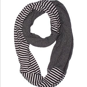 Victoria's Secret infinity scarf stripes One size
